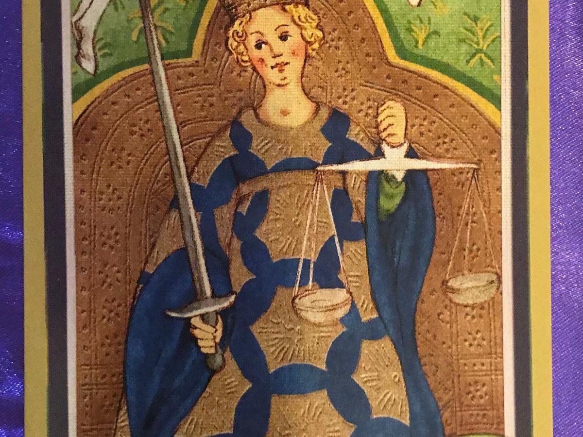 Justice-Golden-Tarot